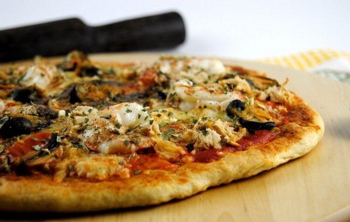 Pizza...egyszerűen, diétásan, egészséges összetevőkből! Minek a gagyi bolti, ha Te otthon olcsóbban, mérföldekkel jobbat és egészségesebbet készíthetsz?