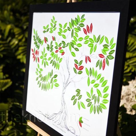 wedding guest treeBook Ideas, Individual Leaves, Wedding Photos, Cool Ideas, Wedding Trees, Guest Book, Wedding Guest Trees, Beautiful Details, Trees Depicting