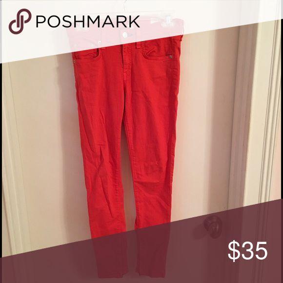 Rag &a Bone red Zippered skinny jeans Like new. Listed on ♏️. 🅿️🅿️ $28. Coral Capri zippered sides rag & bone Pants Skinny
