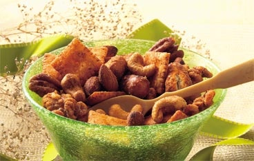 Slow Cooker Spiced Party Nut Mix Recipe