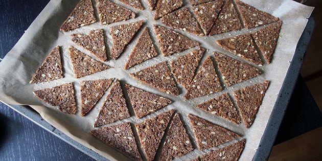 Med den her nemme opskrift, kan man let lave sundere snacks i ovnen.