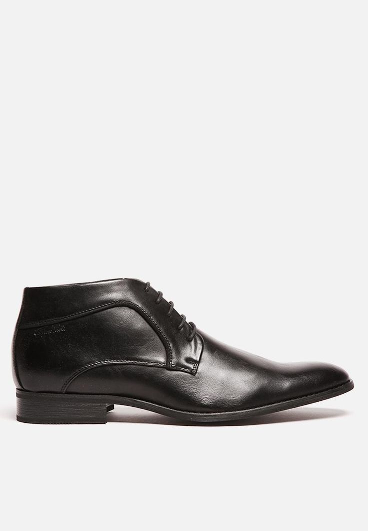 You can't go wrong with a classic, formal lace-up boot. This high-quality leather-look shoe from Gino Paoli has lovely defined seams along its quarters and a slight heel. Add a sharp, stylish edge by pairing with your office-friendly jeans or go with your formal trousers.