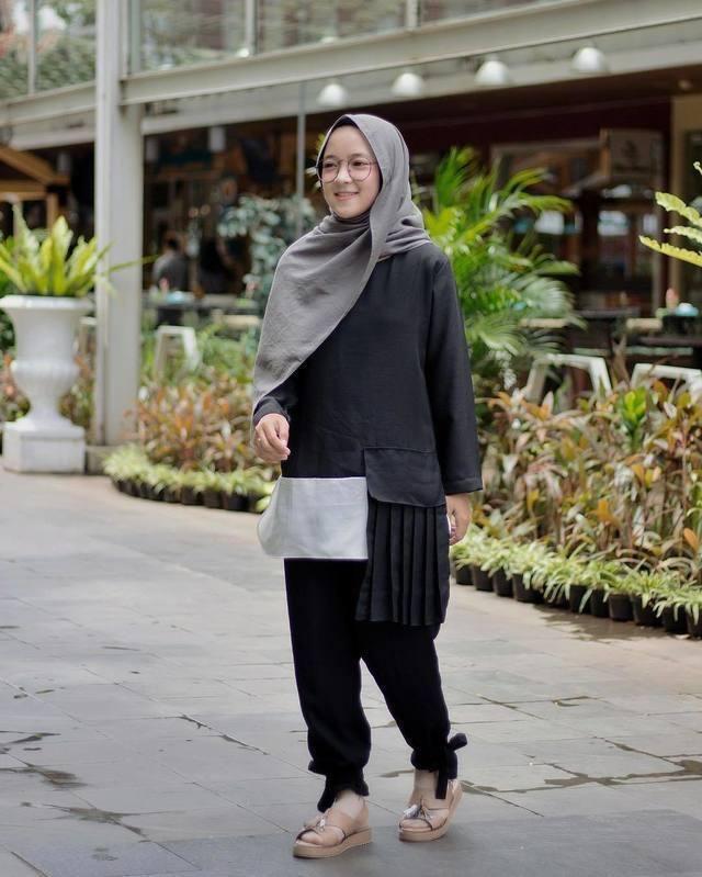 Tutorial Hijab Segi Empat Simple Ala Nissa Sabyan Casual Hijab