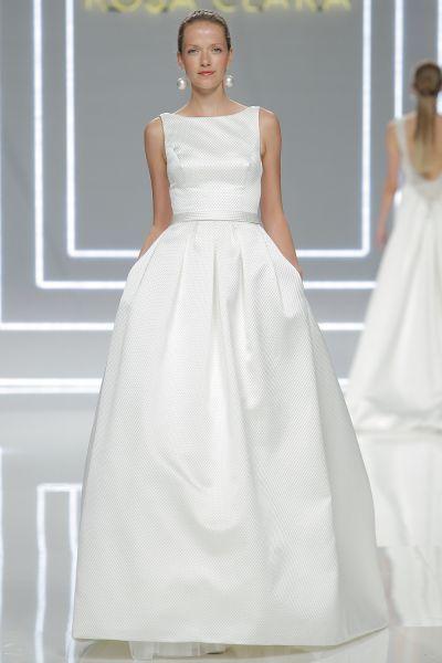 Vestidos de novia con cuello barco 2017. ¡Elegancia pura! Image: 27