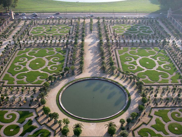 Les 25 meilleures id es de la cat gorie les jardins de for Jardin a la francaise versailles
