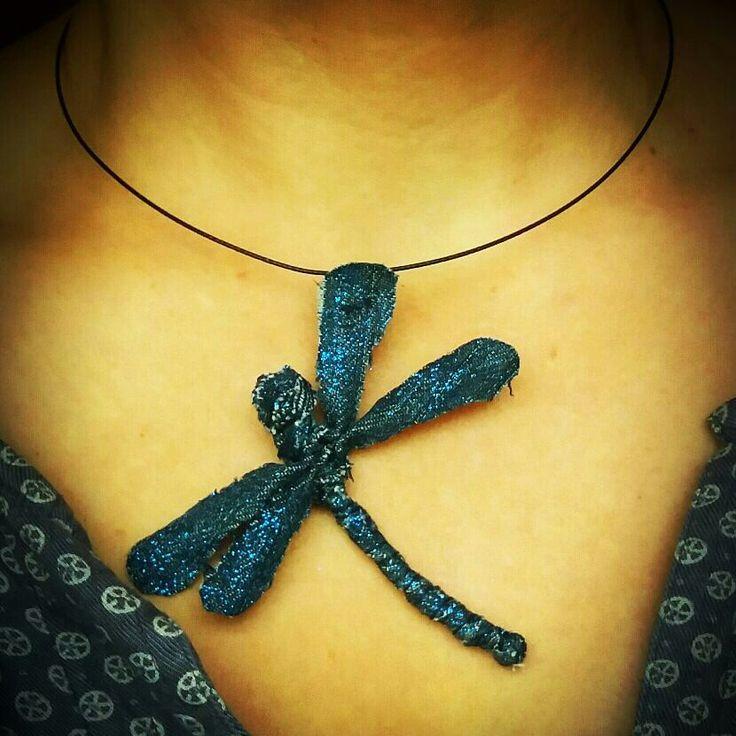 Halssmycke av jeanstyg från MannaDsign.