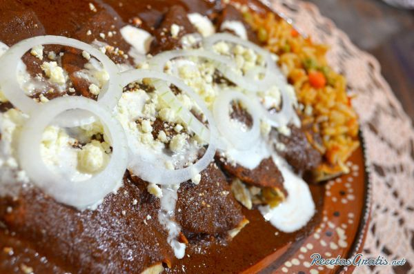 Enmoladas de pollo #RecetasMexicanas #ComidaMexicana #CocinaMexicana