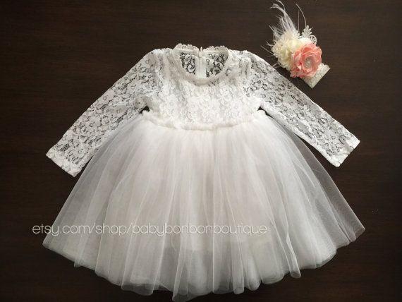 white flower girl dress baptism dress por BabyBonbonBoutique