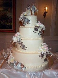 Wedding In Chicago: Snow White Wedding Cake Toppers