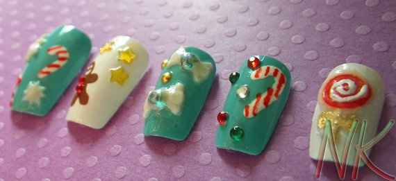 Christmas Candy - Hand Painted Acrylic Nail Tips
