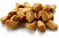 Recept voor échte PEPERNOTEN zoals ze in 1600 plus gemaakt werden. Vóór 1600 ging er peper in maar daarna niet meer. Niet te verwarren met de harde halve bolletjes, dat zijn kruidnoten.
