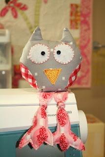 pincushion owl
