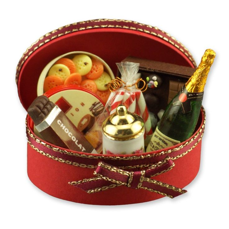 Dolls House Miniature 1:12 Scale Reutter Christmas Champagne Gift Basket