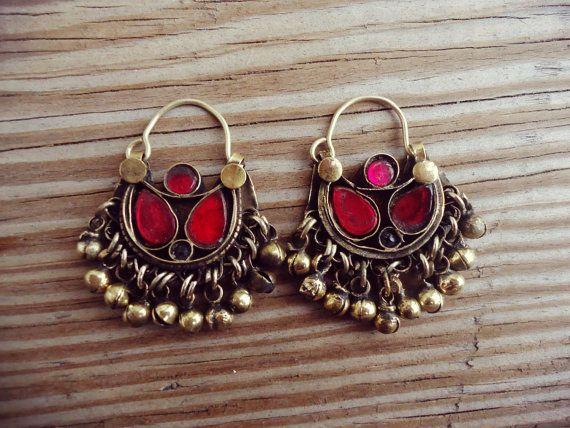 FREE Shipping Small Vintage Afghan Kuchi Tribal Jewelry Crescent Earrings- Piercing earrings- Hoop earrings- Half moon stone earring.Afghan
