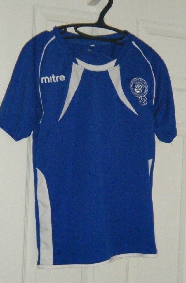 402053782 El Salvador Soccer Jersey MITRE Kids Medium 14 Blue National Soccer Team  Used #Mitre #ElSalvador