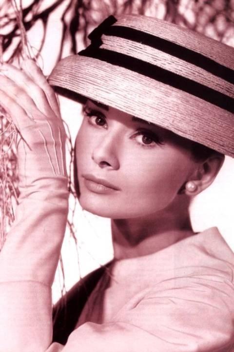 Audrey Hepburn, diva do cinema e ícone fashion