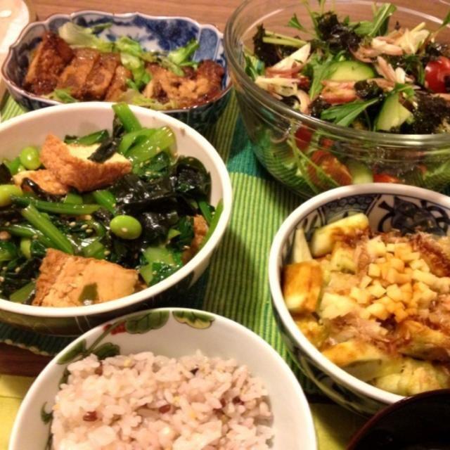 メインは昨日の温め直し… - 12件のもぐもぐ - 豚の味噌漬け、厚揚・小松菜・わかめのナムル、蒸し茄子、水菜とみょうがのサラダ等 by junya
