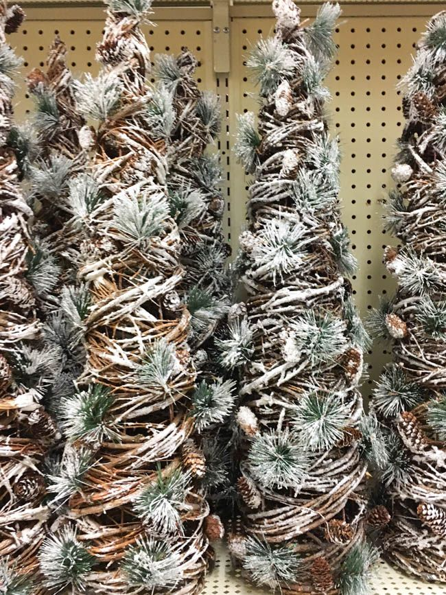 {Weekend Shopping} Christmas at Hobby Lobby - Southern State of Mind