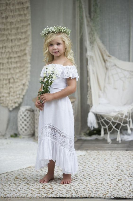 c5ad62dd8 21 Airy And Beautiful Boho Flower Girl Dresses; #FlowerGirls #BohoStyle  #BohoDresses