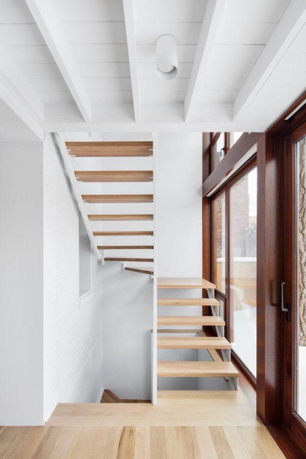 Hotel-de-Ville Residence renovation by Microclimat Architecture