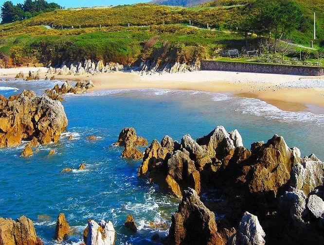 Playa del Toró, Llanes, Asturias.
