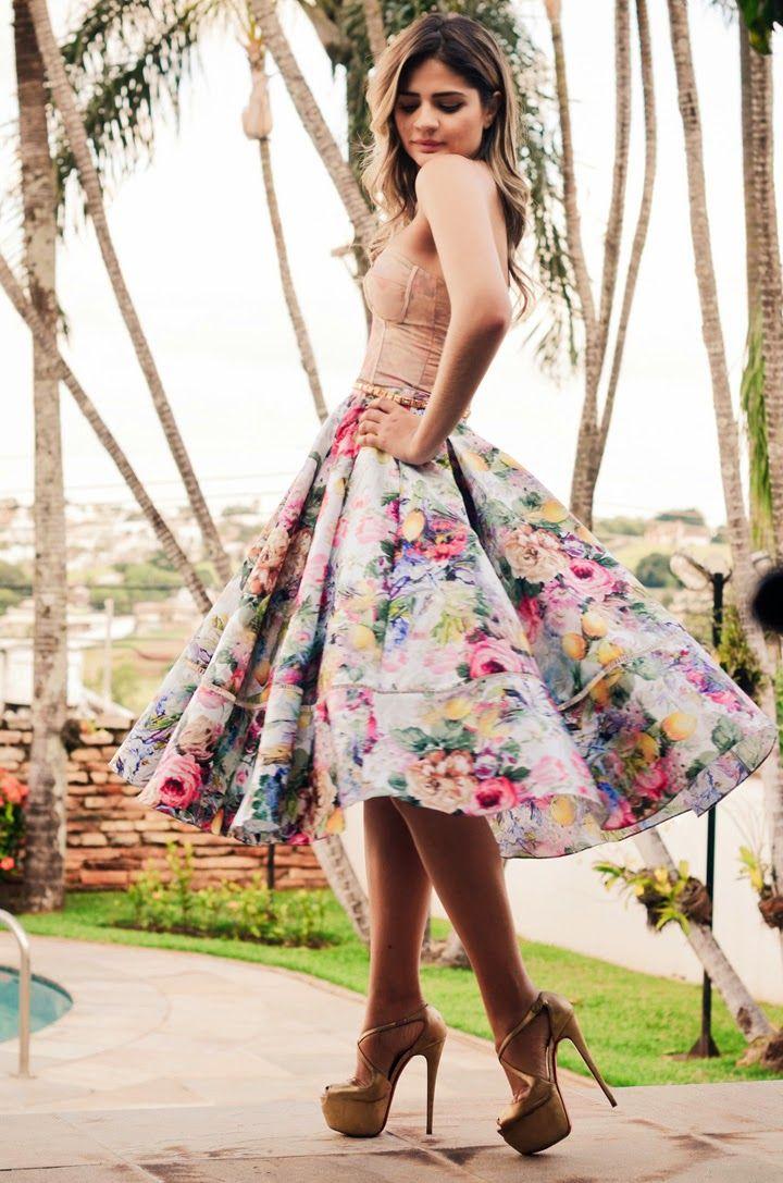 Blog Mulher Virtuosa: 100 Looks Com Saia Midi Godê - Diversos Looks Inspiradores, Pra Todos os Gostos e Estilos