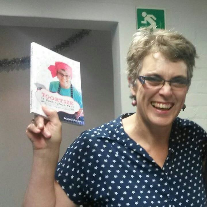 At first Toortsie was a shy, Afrikaans speaking farmgirl, putting all her farmstyle recipes in a book, Toortsie se Bantingboerekos. This book was launched on 16 December 2015. Since then, she becam…