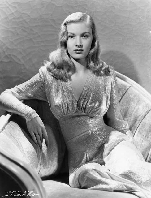 """Veronica Lake looking glamorous!"" Vintage models are my favorite models."