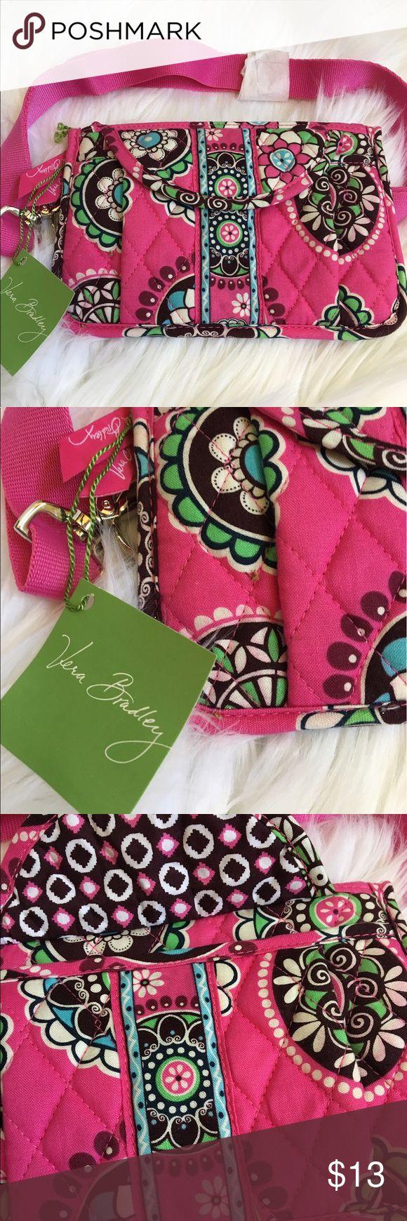 "Vera Bradley Travel Bag Belt Really cute Vera Bradley travel bag belt can be used for travel or so many other uses. Width, 7"". Height, 4 1/2"". Vera Bradley Bags Travel Bags"