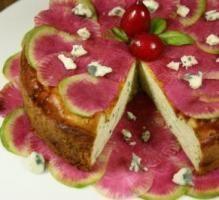 Recette - Cheesecake au Roquefort Papillon, Brousse et Carpaccio de Radis Red Meat - Proposée par 750 grammes