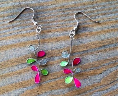 HeartsFire for Christ: Spring Beauty Earring Tutorial! So simple to make - using wire, nail polish, jump rings, and earring hooks.
