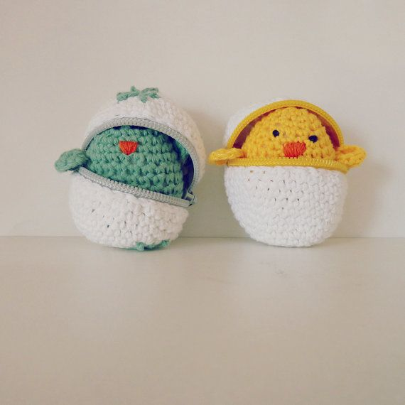 Easter eggs & baby chicks Crochet Amigurumi Pattern