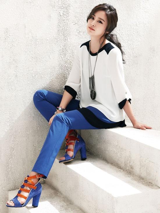 Kim Tae-hee - Isabey Summer 2013