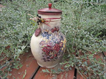 "Baskets, boxes handmade.  Fair Masters - handmade.  Buy Krynka ceramic ""Autumn kiss"" -3.  Handmade.  Maroon"