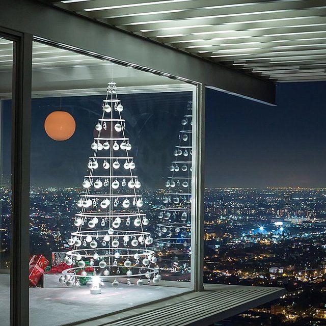 Modern Pearl Christmas Tree