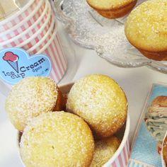 Vaniljmuffins med vaniljkesella