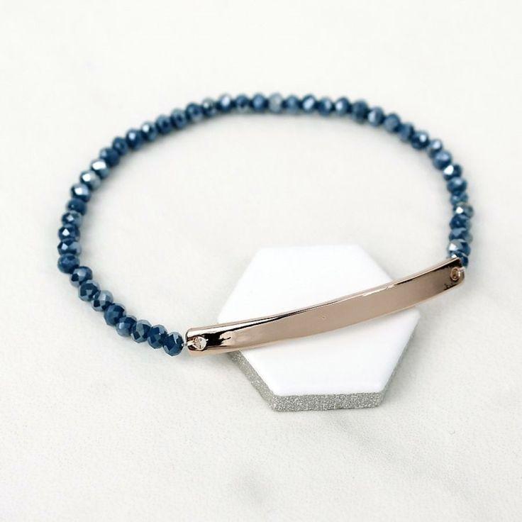 'Peace of Mind' Blauwe kralen rekarmband met gebogen plaat