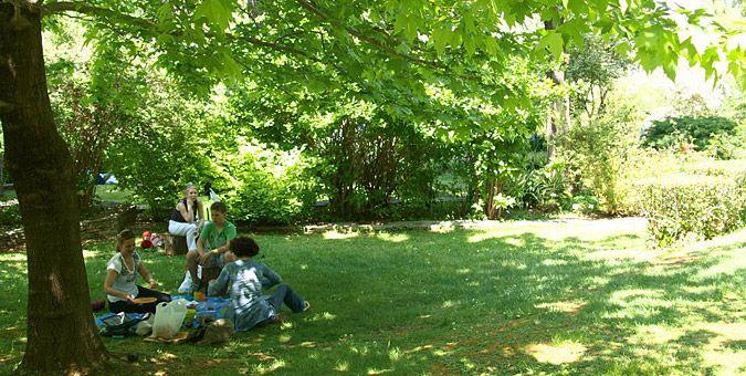 Βόλτες στον Διομήδειο Κήπο