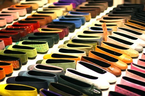 Shoes: Ballet Flat, Colorful Flats, Dream, Two Colors, Blair Photo, Colorful Shoes, Color Book, Barcelona Shoe