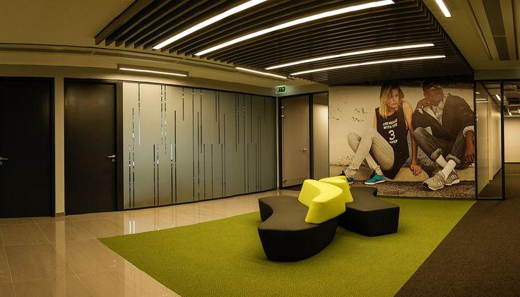 Biurowe ścianki działowe ESPES/realizacja dla adidas.
