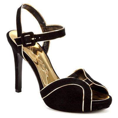 I think I just fell in love--and they are black and gold (subtle Steelers' support)