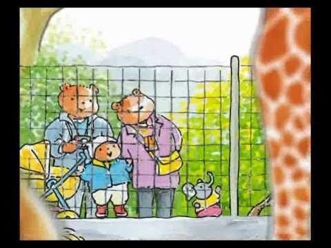 """Deze animatievideo is gebaseerd op het boek """"Bobbi naar de dierentuin"""". Meer info op http://bobbi.nl Hé, wat doen die olifanten? Bobbi roept: """"Ze gaan in bad..."""