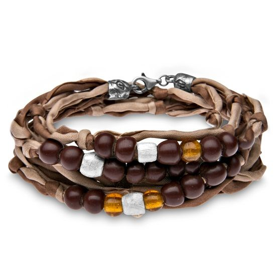 Platadepalo is an authentic, Spanish manufacturer of jewelry and accessories. BoumanOnline.com