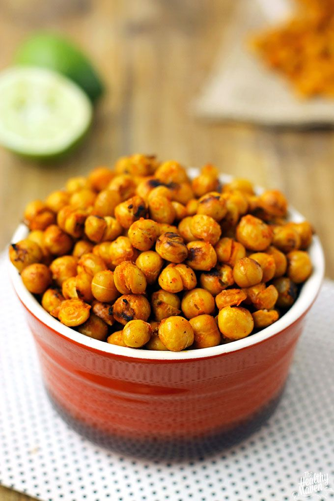A delicious savoury snack that's packed with protein. Who needs chips when you can snack on these crispy chickpeas?!