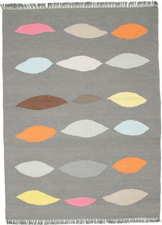 Leaves - gray carpet 140x200 (155 euros)