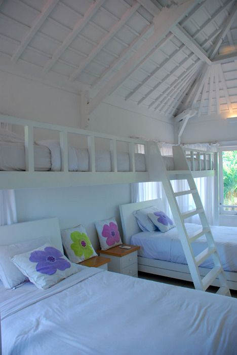 @Diane Granger here is another bunk bed room for you! :) so fun!
