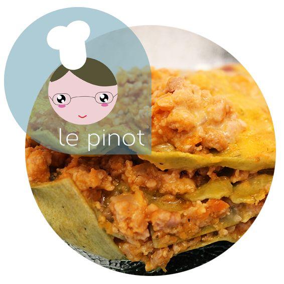 Idee per il #pranzodinatale? LePinot&LeManganot vi propongono le #LASAGNE con #RAGU' di #ZUCCA e #MAIALE. Un primo dal sapore delicato e avvolgente. La #ricetta sul nostro #blogGZ http://blog.giallozafferano.it/pinotemanganot/lasagne-con-ragu-di-zucca-e-maiale-ricetta-gustosa/