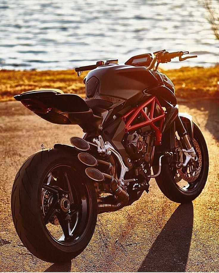 Double Tap =      Specifications for Original Settings   MANUFACTURE: MvAgusta ---  BIKE:  Brutale 798.0c ----  PRODUCTION: 2015  ENGINE: 3 Cilindros -----  POWER: 125.0cv 11.600rpm  TOP SPEED: 250km  TANK: 16.6 L  MSRP / PREÇO SUGERIDO  U.S.A.: 13.39500    B.R.A.: 48.36090  #bikelife #Instamotogalery #bikervideos #moto #motor #bike #repost  #photooftheday #yamaha #motorcycle #motocross #motorbike #honda #ktm #bmw #car #sportbiker #like4like #gopro #seguidores #kawasaki #ducati #cbr…