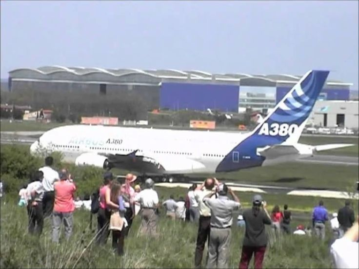 A380 Premier vol  27/04/2005: I was among the security guards at the take off!