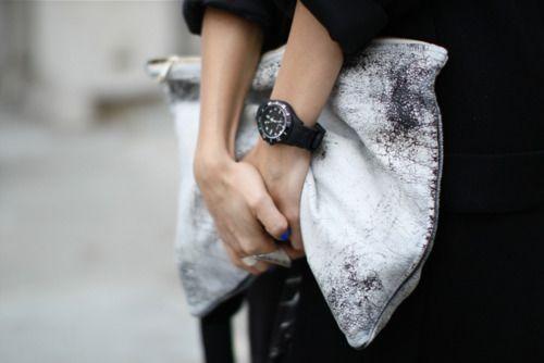 DIY American Apparel clutch and Alpha Saphir watch.Fashion Gallery, American Apparel, Style, Fashion Bags, Black White, Diy Clutches, Clutches Bags, Accessories, Big Bags